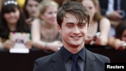 "Daniel Radcliffe lors de la première de ""Harry Potter and the Deathly Hallows: Part 2"", à New York, le 11 juillet 2011."