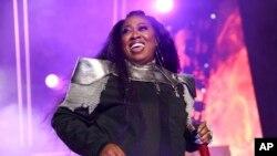 Missy Elliot tampil di Essence Festival 2019 di Mercedes-Benz Superdome, New Orleans, 5 Juli 2019. (Foto: Donald Traill / Invision / AP)
