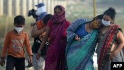 Indija: Porodice nemaju gdje da smeste oboljele članove jer su bolnice prepune.