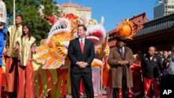 美国高官贺春节,北美近年庆春节(28图)