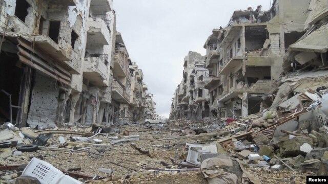 Porušene zgrade u Homsu