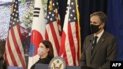 Госсекретарь Энтони Блинкен выступает перед сотрудниками посольства США в Южной Корее. 17 марта 2021 г.