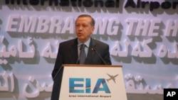 Ο πρωθυπουργός της Τουρκίας, Ρετσέπ Ταγίπ Ερντογάν, στο Ιρμπίλ,