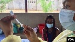 Victoria Falls Covid-19 Vaccination Woman