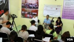 ANNIနဲ႔အတူ ျမန္မာအေရးပူးေပါင္းေဆာင္ရြက္သူမ်ားအဖြဲ႕ (Burma partnership) နဲ႔ Equality Myanmar- ညီမွ်ျခင္းျမန္မာရဲ႕ သတင္းစာရွင္းလင္းပြဲ။