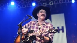 Musician Kix Brooks performs at NASH FM 94.7's