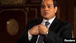 Ông Obama kêu gọi Tổng thống Ai Cập, ông Abdel Fattah al-Sisi, hãy đầu tư vào các nguyện vọng chính trị, kinh tế và xã hội của nhân dân Ai Cập.