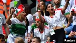 در این بازیها که در روسیه برگزار می شود، زنان زیادی از ایران در ورزشگاهها حاضر شده اند.