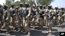 Perwakilan negara-negara Afrika Barat (ECOWAS) membahas rencana untuk mengirim pasukan tambahan, sekitar 3.000 tentara lagi ke Mali (foto: dok).