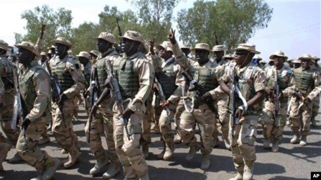 Nigeriyalik askarlar Malida islomiy jangarilarga qarshi kurashda yordamlashmoqda