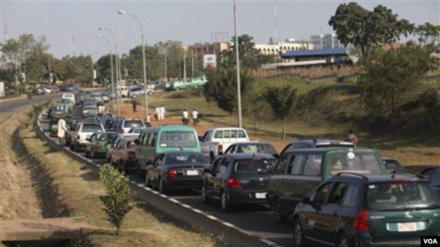 En Estados Unidos se vendieron 14,8 millones de automóviles en 2012.