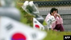 한국 광주 망월동 5·18 묘역에는 1980년 민주화운동 희생자들의 시신이 묻혀있다.