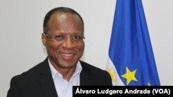 Ulisses Correia e Silva aborda em entrevista à VOA relaçáo com o continente e a diáspora