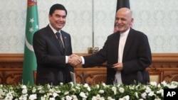 قربان قلی بیردي محمداوف رییس جمهور ترکمنستان امروز تحت تدابیر شدید امنیتی وارد کابل شد