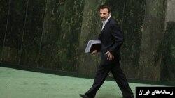 وزیر ارتباطات نام نهاد مورد نظرش را اعلام نکرد.