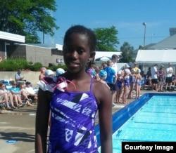 Maka Chikowero Swimmer