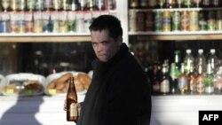 Có hơn 6% đàn ông chết vì những lý do có dính tới rượu
