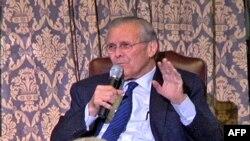 Ish-Sekretari i Mbrojtjes, Donald Ramsfeld, boton libër kujtimesh