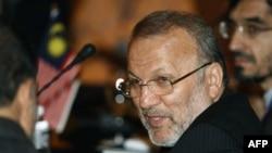 وزیر امور خارجه ایران می گوید برای مناقشه افغانستان به یک راه حل منطقه ای نیاز است
