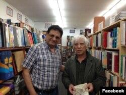 بیژن خلیلی مدیر و موسس شرکت کتاب در کنار بهرام بیضایی نمایشنامه نویس برجسته