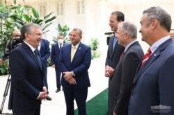 Respublikachi kongressmenlar Prezident Mirziyoyev bilan suhbatda, Toshkent, 6-oktabr, 2021