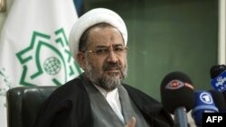 Bộ trưởng Tình Báo Iran Heidar Moslehi người bị bắt có liên hệ đến các cuộc phản kháng chống chính phủ mới đây tại Tehran