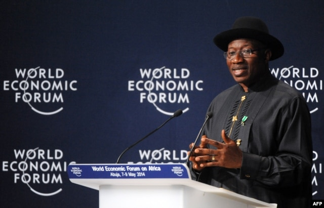 Nigerian President Goodluck Jonathan speaks at the opening session at the World Economic Forum in Abuja, May 8, 2014.