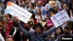 Mít-ting ủng hộ người tị nạn Syria ở trung tâm thành phố Sydney, Úc, ngày 11/10/2015.