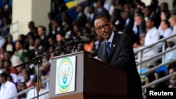 Rwandan President Paul Kagame delivers a speech during the commemoration of the 20th anniversary of the Rwandan genocide, in Kigali, April 7, 2014. A court ruling paved the way for Kagame to amend the constitution and seek another seven-year term.