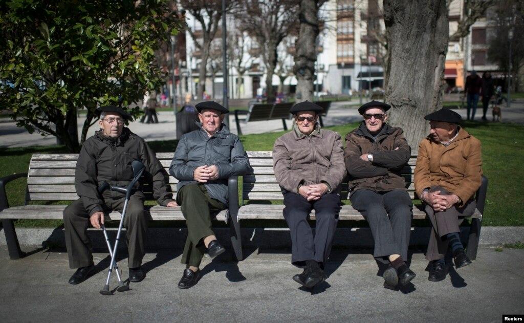 demografska slika srbije essay Demografska slika srbije - ekonomske i društvene posledice 8 mart 2010 godine - hotel zira beograd fotografije sa konferencije, možete da pogledate na našim.