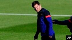 Meski kalah, Messi tetap ingin klub Barcelona tidak putus asa dalam menghadapi putaran kedua di stadion Camp Nou pekan depan (foto: Dok).