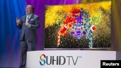 تلویزیون های مقعر دارای قدرت مافوق وضاحت بالا یکی از محصولات این نمایشگاه بود