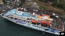 2010年5月28日,一艘准备前往加沙的土耳其船只停靠在港口