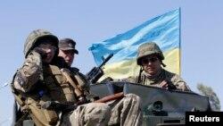 Украинский батальон «Азов» в Мариуполе 5.9.14