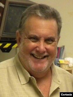 Jerry Del Castillo, periodista deportivo