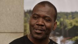 """Angola Fala Só - """"Se não tivermos cuidado vamos voltar a era da bajulação""""- 45:10"""