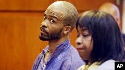 Michael Madison aparece en corte junto a una abogada designada Marlene Rideenour, el lunes 22 de julio.