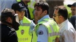 تصویری از یک پلیس که در زد و خورد با کردها زخمی شده است. ۱ سپتامبر ۲۰۱۱