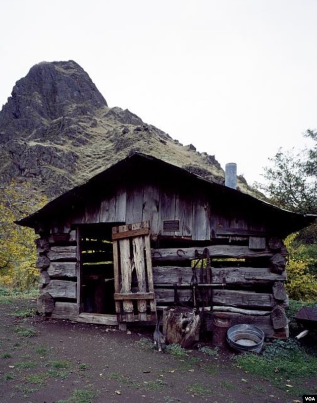 This old blacksmith shop is part of the rustic museum complex in hard-to-reach Hells Canyon, Idaho. (Carol M. Highsmith)