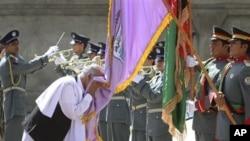 واشنگتن پست: 'قوای امنیتی افغان درهلمند درحالی امنیت را تحویل گرفتند که جنگ در شمال ولایت ادامه دارد'