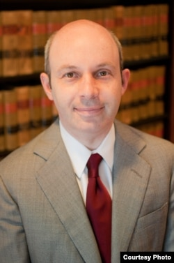 托马斯•戈尔茨坦律师