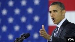 Obama habló sobre creación de trabajos en una sede de Boeing frente a ciento de trabajadores.