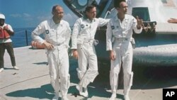 Экипаж космического корабля «Аполло-11»: Эдвин Олдрин, Нил Армстронг и Майкл Коллинз. Фото датировано 1 января 1969 г.
