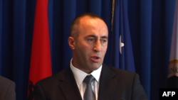 Kosovë, qeveria dhe pozita hedhin poshtë mundësinë e bisedimeve për ndarje