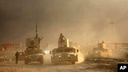 نیروهای کرد و ارتش عراق حمله به سوی موصل را شروع کرده اند.