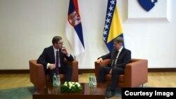 Predsednik Srbije Aleksandar Vučić i predsednik Saveta ministara BiH Denis Zvizdić, Sarajevo, 8. septembar 2017.