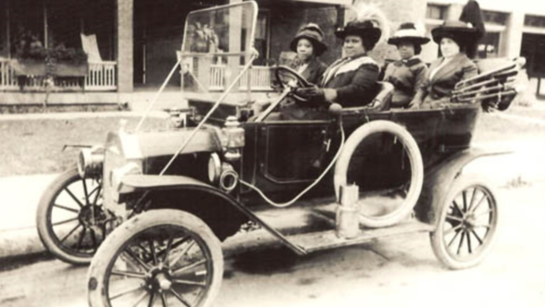Madam C J Walker 1867 1919 Developed Hair Care Products For Black Women