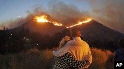 加州大火後搜尋仍在繼續