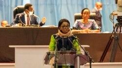 Jeanine Mabunda arongoye inama nshingamateka ya repubulika ya demokarasi ya Kongo, ashikiriza ijambo abashingamateka i Kinshasa, kw'italiki ya 10-12/2020
