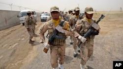 ایراني سرحدي ځواکونه د پاکستان د پولې سره د گزمې په مهال